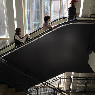 The_escalator_street_photography